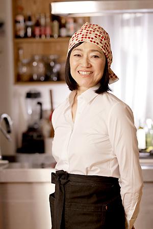 AGEに詳しい料理家・タカコナカムラ先生